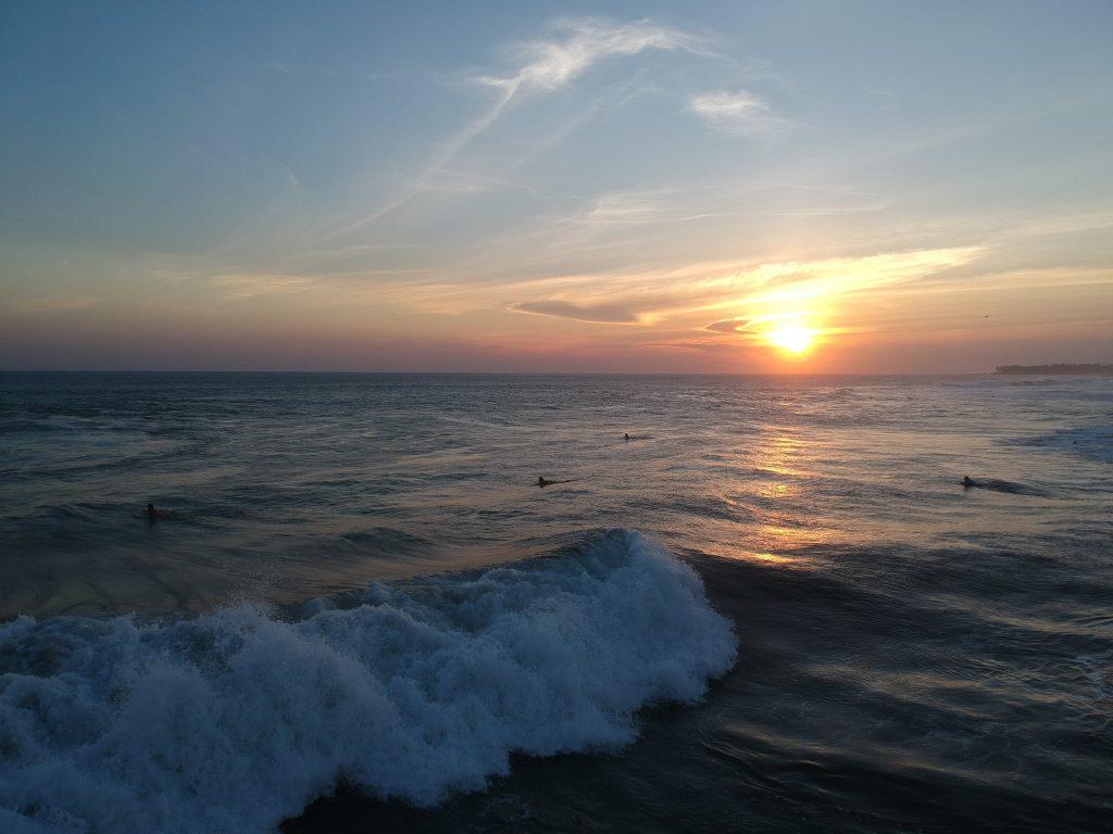 Echo Beach al atardecer - canggu bali que hacer