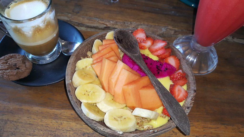 Que ver en Ubud - smoothie bowl de mango